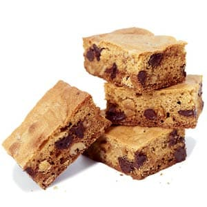 chocolate chip apricot blondies
