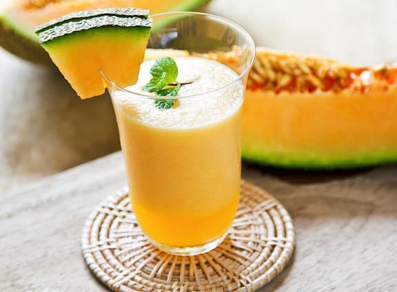 Cantaloupe creamsicle smoothie recipe