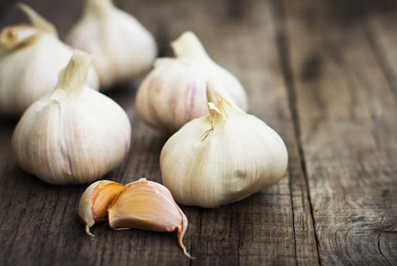 garlic cloves bulbs rustic
