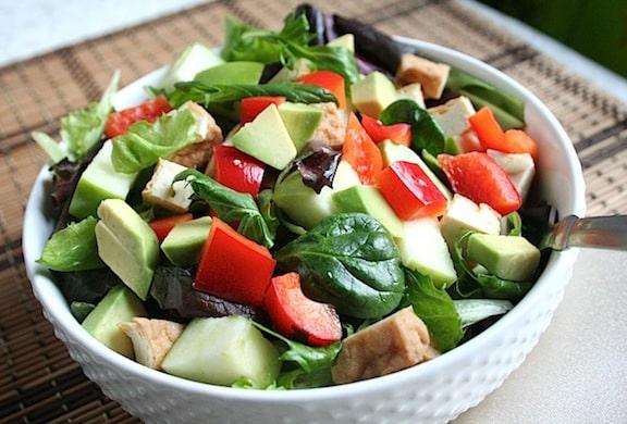 Mixed Greens Salad with Avocado, Apple, Tofu