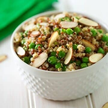 Simple quinoa pilaf with peas and almonds recipe