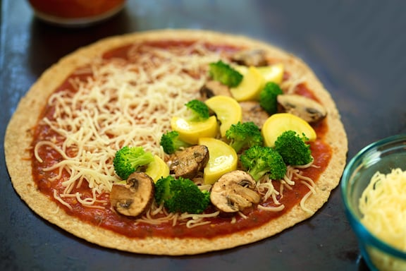 Vegan pizzadillas recipe