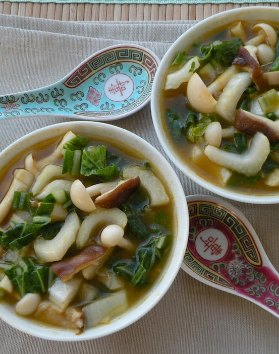 Asian-style Mixed mushrooms and bok choy soup