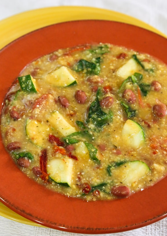 Potage polenta with red beans and spinach recipe