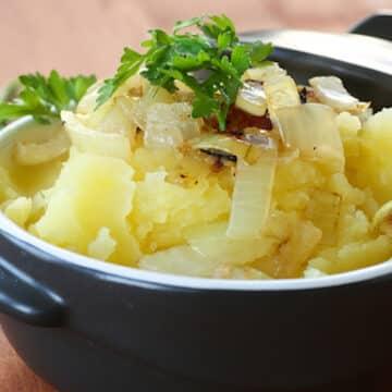Vegan mozzarella mashed potato pie