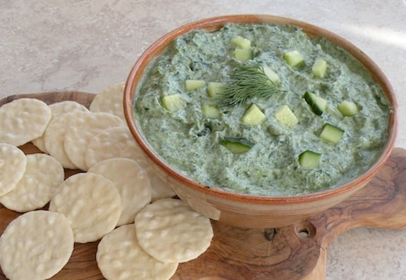 Spinach and cucumber dip recipe