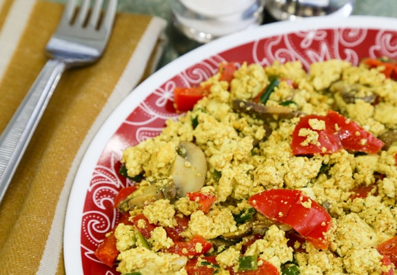 Tofu Scramble with Bell Peppers and Mushroom2