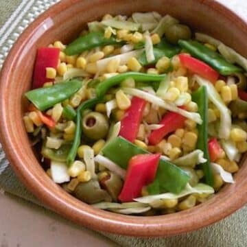 Corn and snow pea salad