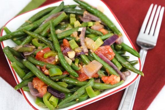Piquant green beans
