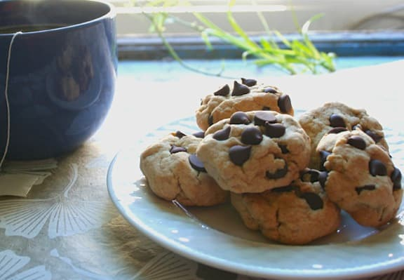 Vegan Mint Chocolate Chip Cookies