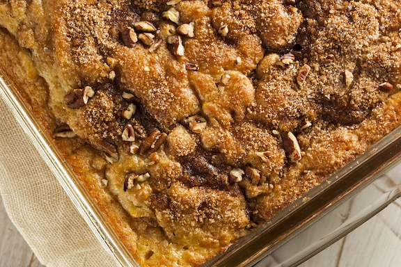 Vegan Cinnamon Walnut Crumble Coffee Cake