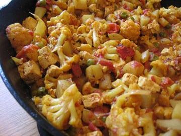 Tofu Aloo Gobi (Coliflor y Curry de Papa)