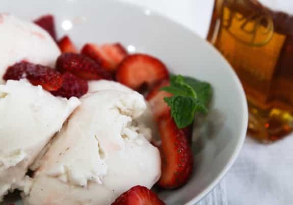 Amaretto Strawberries