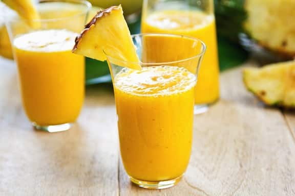 Juicy pineapple smoothie