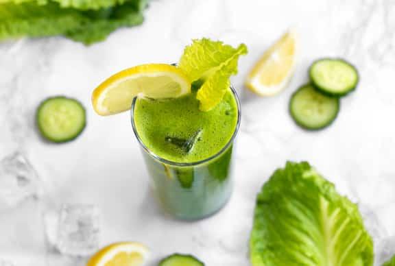Refreshing Green Lemonade with Romaine & Cucumber