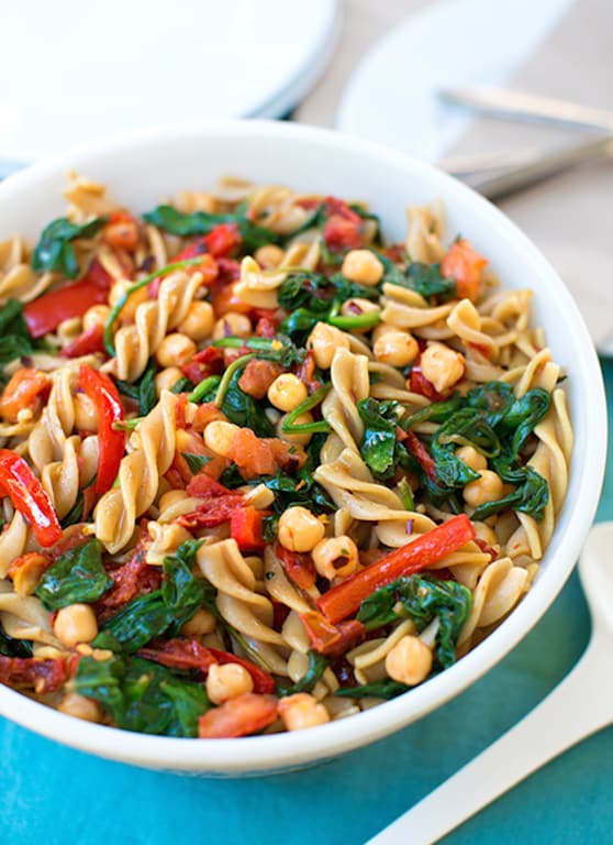 Pasta with Spinach and Chickpeas recipe
