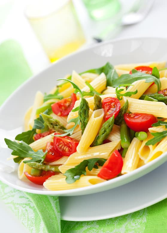 Pasta  with asparagus, tomato and arugula recipe