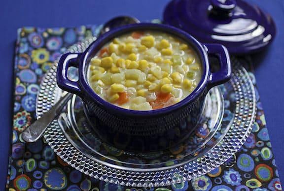 Vegan creamy corn chowder