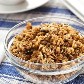 Classic Crunchy Granola Recipe