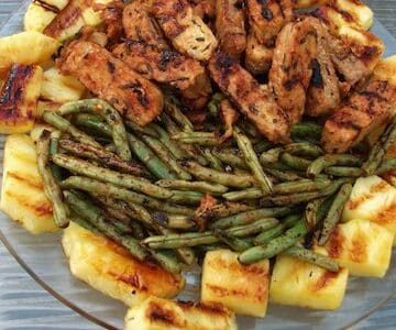 grilled pineapple, tempeh, and green beans