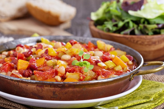 Stewed White Beans with Fresh Tomatoes