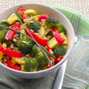 Broccoli and summer squash relish salad