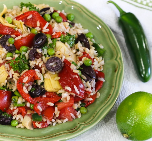 Piquant brown rice salad