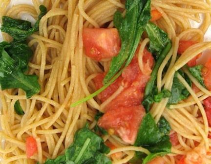 Arugula pasta with Salsa Crude
