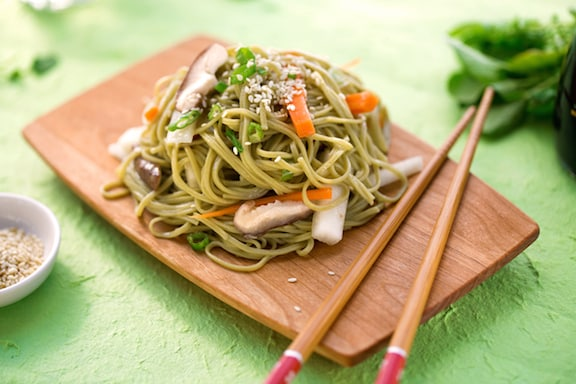 Noodles with daikon and carrots