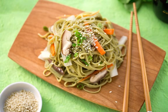 Soba with Noodles with daikon and carrots