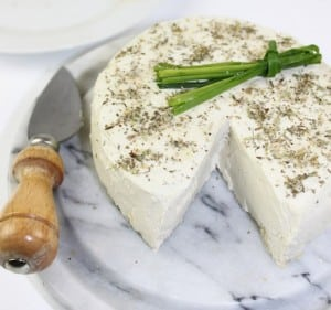 basic herbed cheese (raw and vegan)