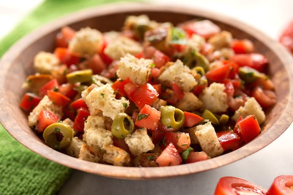 Bread and tomato salad with basil