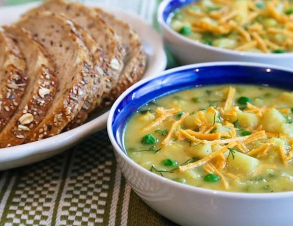 Vegan cauliflower and vegan cheddar soup