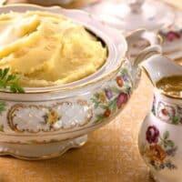 vegan mashed potatoes with onion gravy