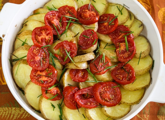 Potatoes and tomatoes with rosemary recipe