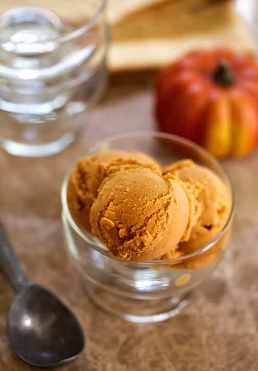 Vegan pumpkin spice ice cream