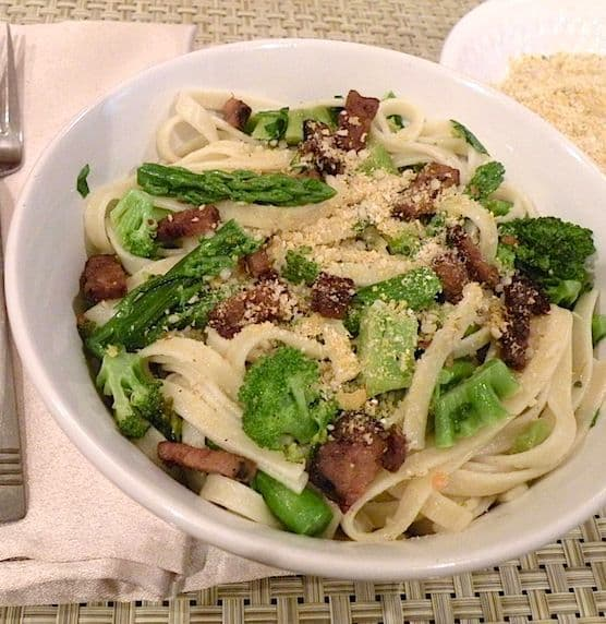 Vegan Fettuccine Carbonara with broccoli