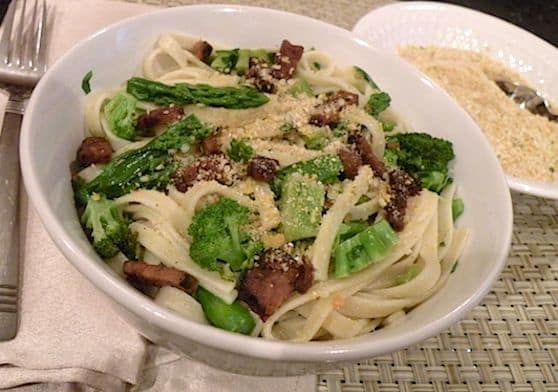 Vegan Fettuccine Carbonara with broccoli recipe