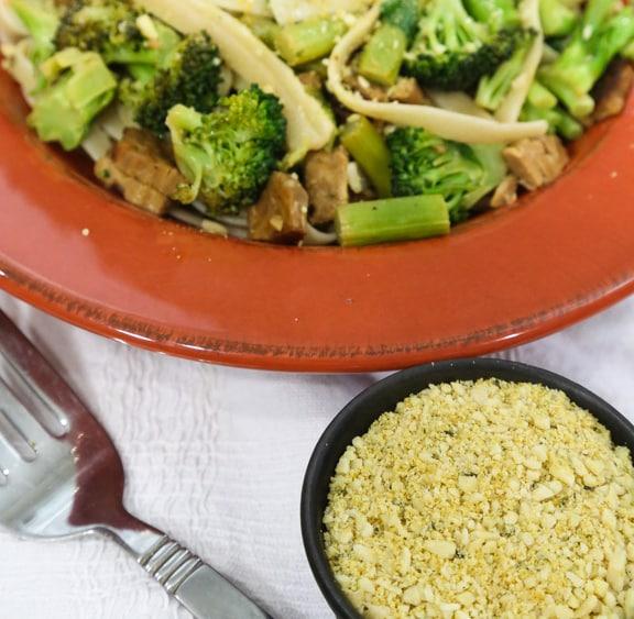 Vegan Fettuccine Carbonara with Broccoli