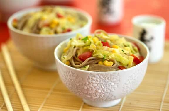Asian noodles with corn and cabbbage1