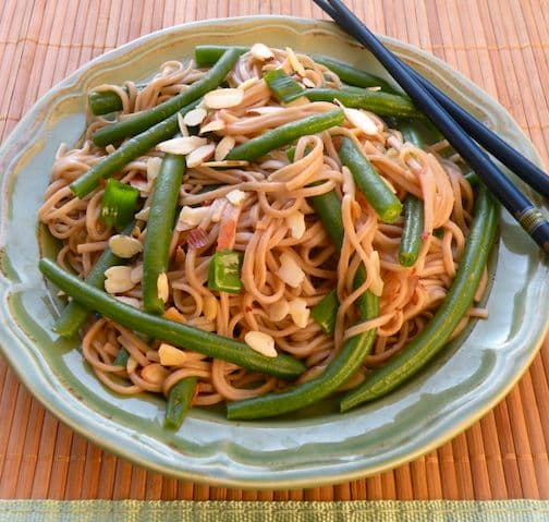 Soba Noodles with Green Beans and  Almonds recipe