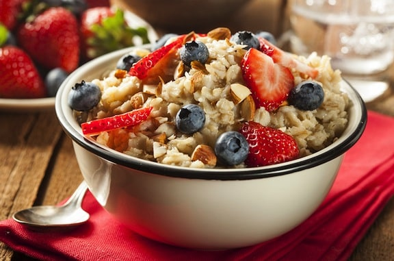 hot cereal with strawberries and blueberries