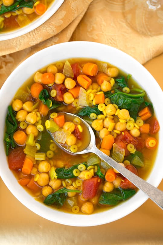 Curried Spinach-chickpea soup