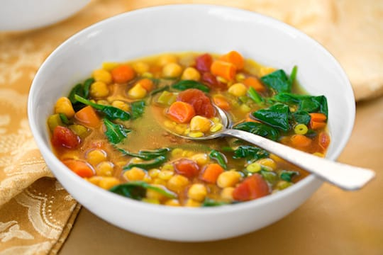 Curried spinach-chickpea soup recipe