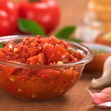 luscious fresh tomato garlic sauce recipe