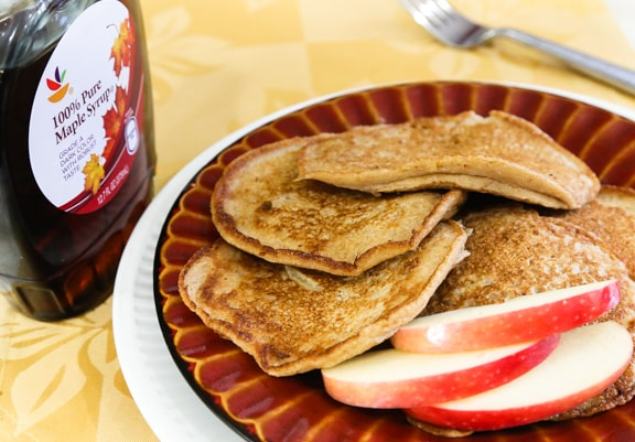 Cinnamon Apple Vegan Pancakes