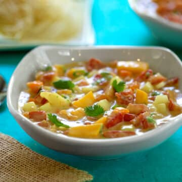 Cold tomato mango soup