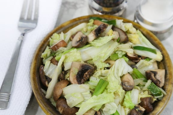 Stir-fried napa cabbage with mushrooms