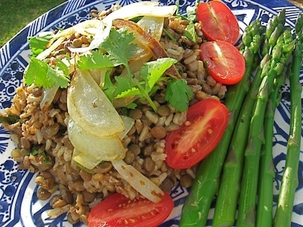 mjeddrah (mujaddarah) Rice and Lentil Pilaf