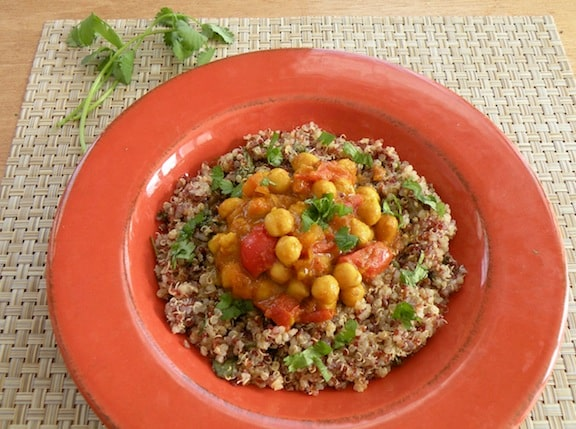 Curried chickpeas with chutney-flavored grains recipe